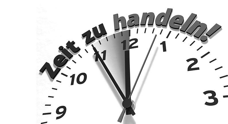 Zeit zu handeln - Schrift über Ziffernblatt - mod IT services